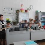 Выступление директора школы Ежиковой М.С. с визиткой