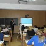 Анализ интегративного урока в 4 классе по русскому языку и литературному чтению проводит Мошкин Б.Е.