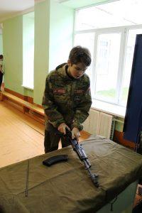 День-кадета-в-МР.-Сборка-разборка-автомата