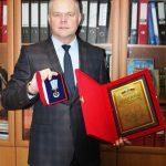 Мошкин Б.Е., заместитель директора по УВР – диплом «За доблестный труд», удостоверение и медаль «За доблестный труд»