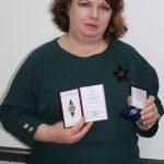 Морозкова М.В., заместитель директора по ИТ - удостоверение и медаль «Отличник Образования России»